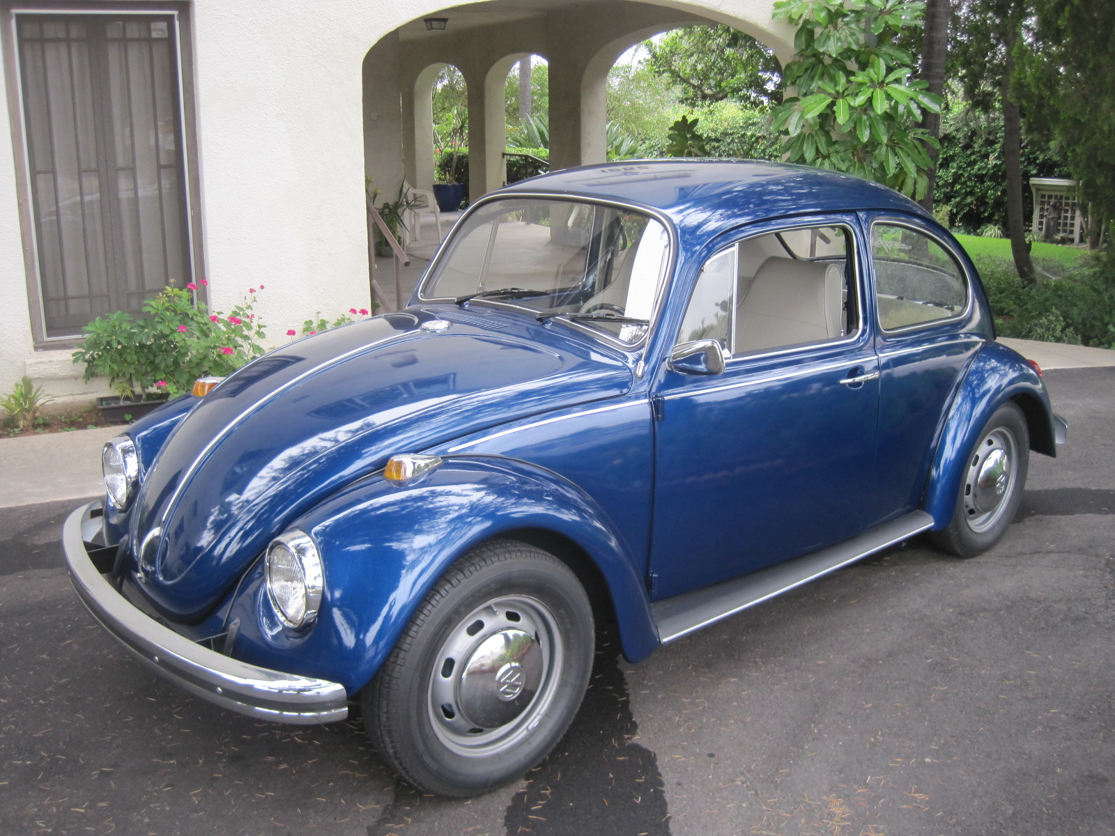 vw beetle bug fully restored  sale phil newey sports cars